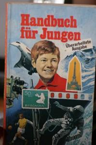 Handbuch für Jungen 1976. Anklicken für größere Ansicht.